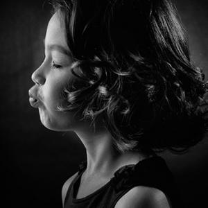 孩子频繁咳嗽 妈妈如何不烦恼?